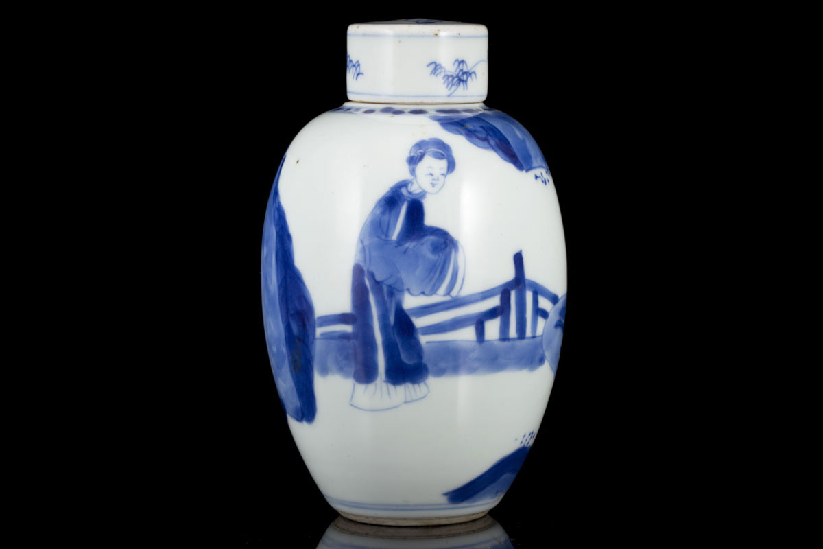 Antique chinese export blue and white porcelain ming and qing chinese export porcelain jar with figures floridaeventfo Images