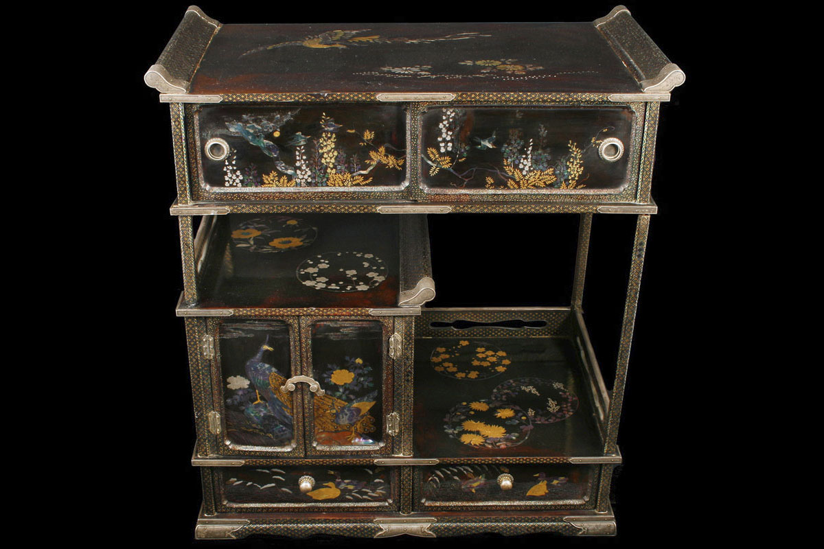 An Edo fine Japanese small lacquer and silver cabinet - Japanese Antiques And Works Of Art; Lacquer, Ceramics, Ivory